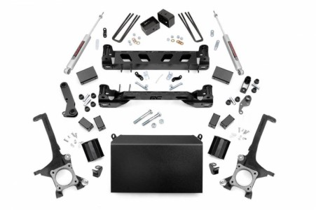 "Rough Country 4.5"" Toyota Suspension Lift Kit"
