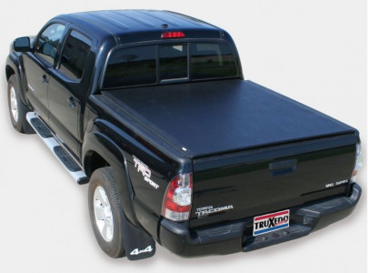 TruXedo Lo Pro QT Soft Roll-up Tonneau Cover (01-04 Toyota Tacoma | Double Cab | 5' Bed)