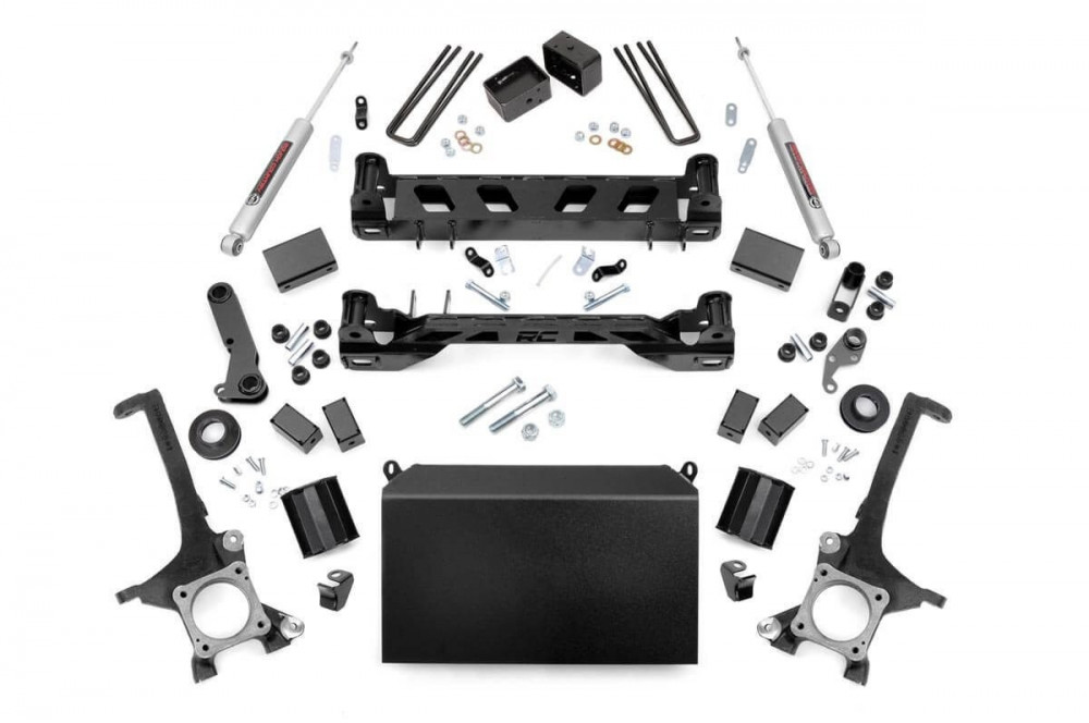 Rough Country 6IN TOYOTA SUSPENSION LIFT KIT