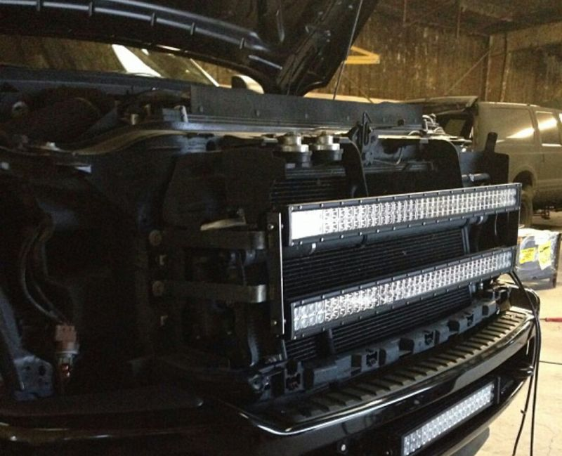 Single 40 Led Light Bar With Dual Grille Mount For Ford Super Duty