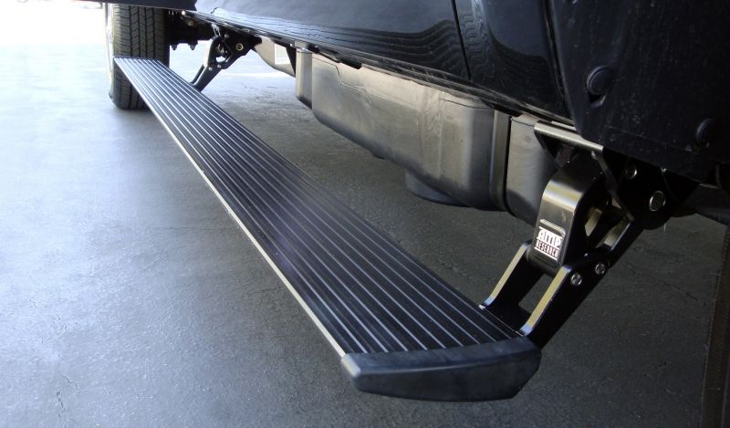 75146-01A AMP Research Powersteps 2011-2014 Chevy Silverado/GMC Sierra Crew/Extended Cab 2500 ...