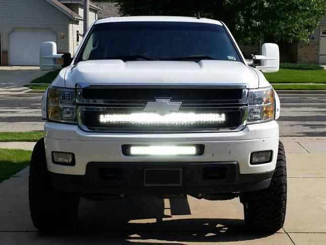 40 Inch Led Cbar Light Bar Behind Grille Bracket 2007 2013 Chevrolet Silverado 1500 Or 2500 Hd