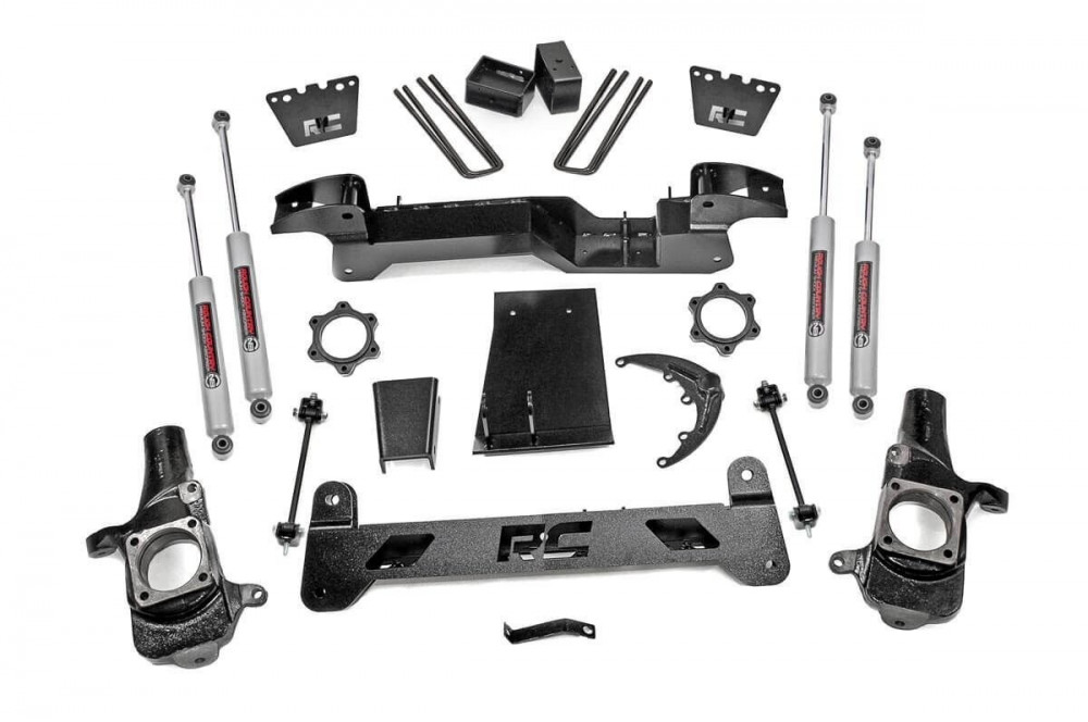 Rough Country 6in GM Suspension Lift Kit (01-10 2500HD 4WD)