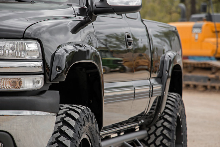 Rough Country GM Pocket Fender Flares | Rivets (99-06 Silverado/Sierra 1500 PU)