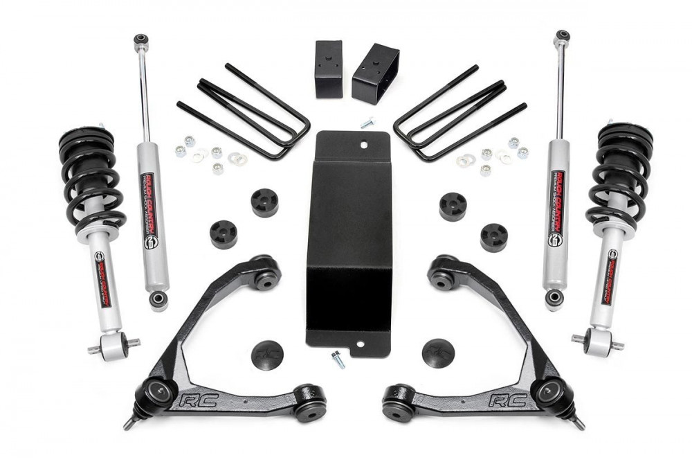 "Rough Country 3.5"" GM Suspension Lift Kit w/ Forged Upper Control Arms (07-16 1500 PU 4WD)"
