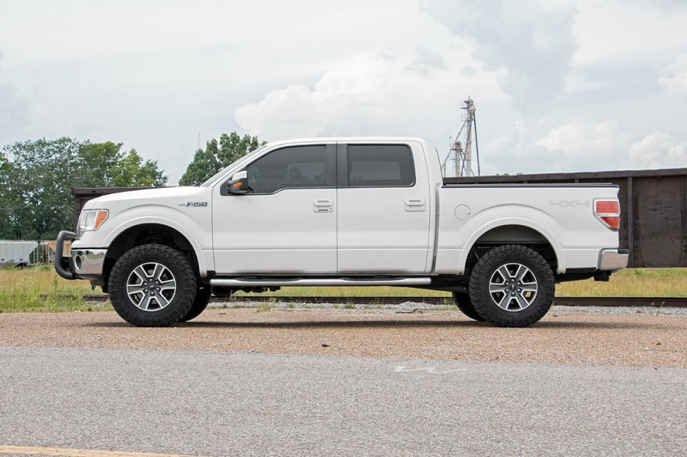Rough Country  Ford Bolt On Lift Kit   F