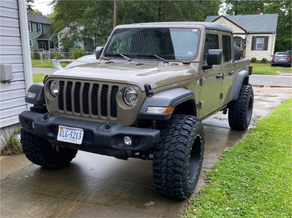 Gladiator XComp MT Jeep