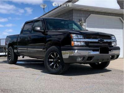 2004 Chevrolet Silverado 1500 - 17x9 -12mm - Moto Metal Mo970 - Stock Suspension - 265/70R17