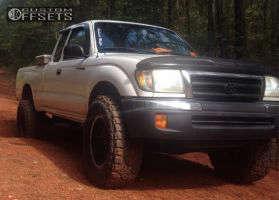 1999 Toyota Tacoma - 17x9 -6mm - Pro Comp Series 05 - Leveling Kit - 285/70R17