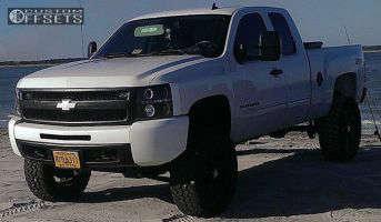 "2013 Chevrolet Silverado 1500 - 20x10 -24mm - XD Rockstar - Suspension Lift 7.5"" - 35"" x 12.5"""