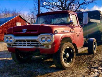 1960 Ford F-100 Pickup - 18x9 -12mm - Moto Metal Mo951 - Leveling Kit - 305/60R18