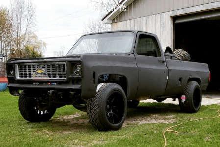 1974 Chevrolet C20 Pickup - 20x12 -44mm - Motiv Magnus - Leveling Kit - 305/55R20