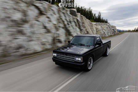 1991 Chevrolet S10 - 18x8 0mm - American Racing Vintage Vn510 - Lowered 3F / 5R - 225/50R18