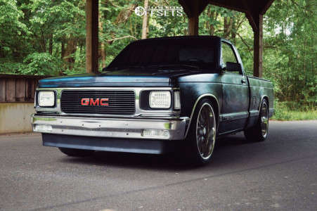 1992 GMC Sonoma - 20x8 1mm - US Mags Rambler - Lowered 4F / 6R - 245/35R20