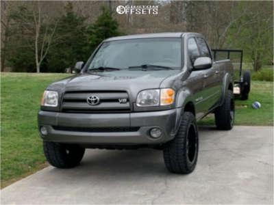 "2004 Toyota Tundra - 20x10 -24mm - Moto Metal Mo970 - Suspension Lift 3"" - 285/55R20"