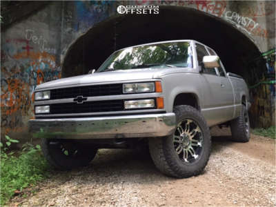 "1993 Chevrolet K1500 - 18x10 -24mm - Vision Warrior - Stock Suspension - 31"" x 10.5"""