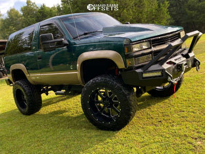 "1996 Chevrolet Tahoe - 22x12 -44mm - Gear Off-Road Big Block - Suspension Lift 9"" - 37"" x 13.5"""