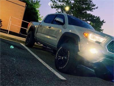 "2019 Toyota Tacoma - 18x9 -13mm - Fuel Vapor - Leveling Kit - 32"" x 11.5"""