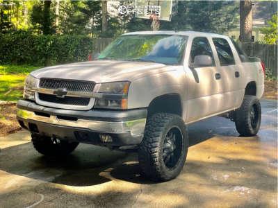 "2004 Chevrolet Avalanche 1500 - 20x9 0mm - Dropstar 645b - Leveling Kit - 33"" x 12.5"""