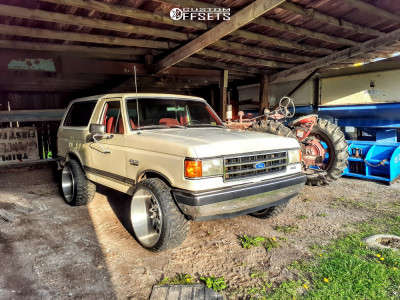 """1989 Ford Bronco - 24x14 -76mm - American Truxx Dna - Leveling Kit - 33"""" x 12.5"""""""