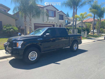 """2019 Ford F-150 - 17x9 -12mm - Method Double Standard - Stock Suspension - 35"""" x 12.5"""""""