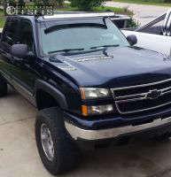 "2006 Chevrolet Silverado 1500 - 18x9 -12mm - Moto Metal MO954 - Suspension Lift 6"" - 35"" x 12.5"""