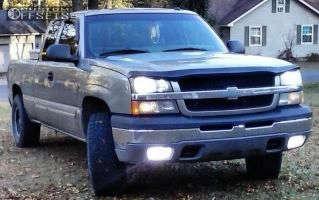 2003 Chevrolet Silverado 1500 - 16x9 -12mm - Helo HE878 - Leveling Kit - 285/75R16