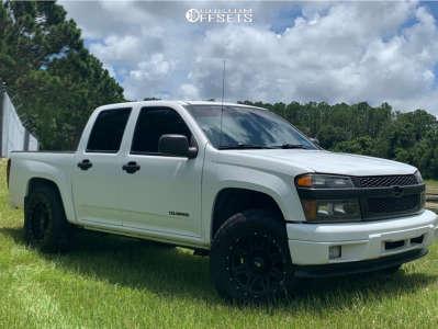 "2005 Chevrolet Colorado - 17x9 0mm - Pro Comp Series 05 - Suspension Lift 3"" - 33"" x 11.5"""