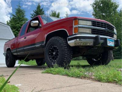 1991 Chevrolet K2500 - 16x9 -12mm - XD Addict - Stock Suspension - 285/75R16