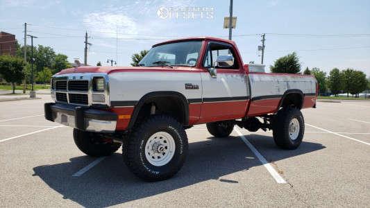 """1993 Dodge W250 - 16x8 -6mm - Vision D Window - Suspension Lift 5"""" - 315/75R16"""