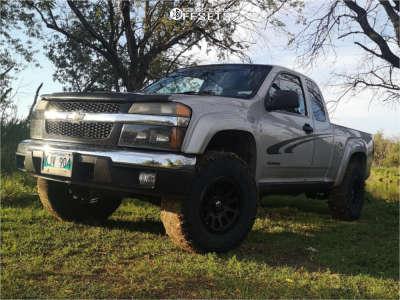 """2005 Chevrolet Colorado - 16x8 20mm - Fuel Vector - Suspension Lift 2.5"""" - 265/75R16"""