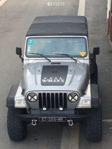 """2000 Jeep TJ - 15x8 -44mm - Mickey Thompson Classic Baja Lock - Suspension Lift 7.5"""" - 35"""" x 12.5"""""""
