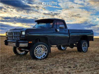 """1993 Dodge W250 - 22x12 -51mm - Cali Offroad Summit - Suspension Lift 4"""" - 33"""" x 12.5"""""""