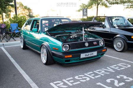 1992 Volkswagen Golf - 17x9 30mm - BBS Ra - Air Suspension - 215/40R17