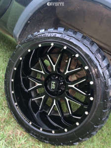"2010 Nissan Titan - 22x12 -44mm - Hardrock Affliction Xposed - Suspension Lift 4.5"" - 33"" x 12.5"""