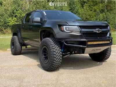 "2018 Chevrolet Colorado - 17x9 -18mm - Dirty Life Dt-2 - Suspension Lift 3"" - 315/70R17"