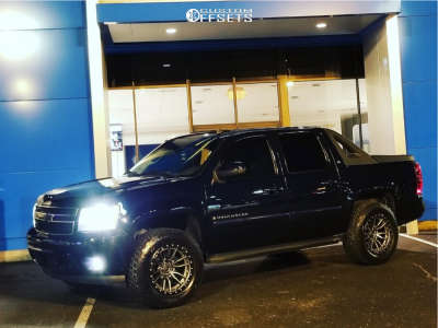 2008 Chevrolet Avalanche - 20x10 -18mm - Fuel Rebel - Leveling Kit - 295/60R20
