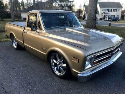 "1967 Chevrolet C10 Pickup - 20x9 0mm - US Mags Rambler - Stock Suspension - 25"" x 9.5"""
