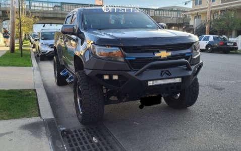 "2016 Chevrolet Colorado - 20x12 -44mm - Moto Metal Mo991 - Suspension Lift 6"" - 33"" x 12.5"""