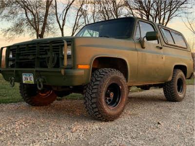 "1984 Chevrolet K5 Blazer - 15x10 -43mm - American Racing Ar708 - Stock Suspension - 33"" x 12.5"""