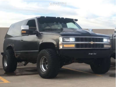 "1993 Chevrolet Blazer - 15x10 -44mm - Cragar 315 - Stock Suspension - 33"" x 12.5"""
