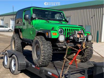 """2001 Jeep TJ - 17x9 0mm - Dirty Life Roadkill - Suspension Lift 6"""" - 37"""" x 12.5"""""""