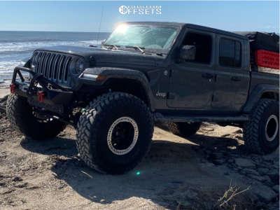 "2020 Jeep Gladiator - 17x9 -38mm - KMC Km235 - Suspension Lift 4.5"" - 40"" x 13.5"""