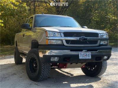 """2004 Chevrolet Silverado 1500 - 17x9 -12mm - XD Grenade - Suspension Lift 5.5"""" - 35"""" x 12.5"""""""