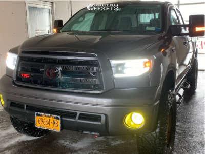 "2011 Toyota Tundra - 20x9 18mm - XD Grenade - Suspension Lift 6"" - 35"" x 12.5"""