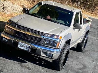 2004 Chevrolet Colorado - 18x10 -24mm - Moto Metal Mo962 - Stock Suspension - 265/70R18