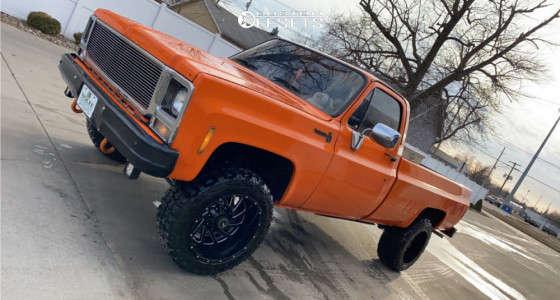 "1979 Chevrolet K10 Pickup - 20x12 -44mm - Hardrock Crusher - Leveling Kit - 33"" x 12.5"""