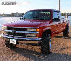 "1997 Chevrolet K1500 - 20x12 -44mm - Moto Metal MO962 - Stock Suspension - 33"" x 12.5"""
