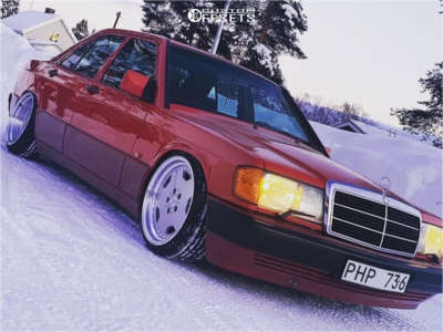 1992 Mercedes-Benz 190E - 17x8 25mm - Performa 25 - Air Suspension - 195/40R17