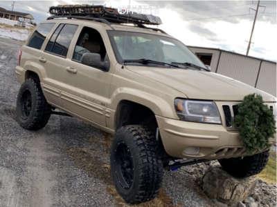 "2001 Jeep Grand Cherokee - 18x9 -12mm - Vision Rocker - Suspension Lift 4.5"" - 285/65R18"